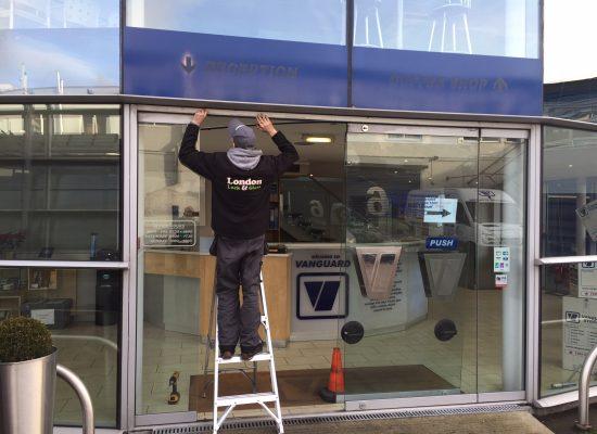 Door Repairs London Locksmithsglazierscarpenters 247